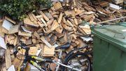 Brennholz Baustellenabfall Holz