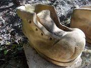Schuh zum Bepflanzen aus Naturstein