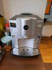 Jura Impressa E75 Kaffevollautomat Kaffee