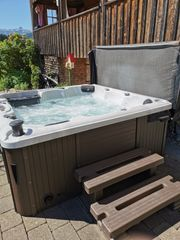 Canadian Spa Whirlpool Jacuzzi Hot