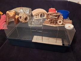 Zubehör für Haustiere - Hamsterkäfig mit Zubehör