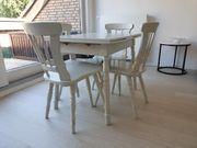 Ausziehbare Tischgruppe in Massivholz Landhausstil