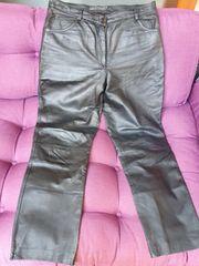 Schwarze Hose Leder Größe 46