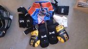 Thaibox-Ausrüstung komplett Set mit Schutzhelm