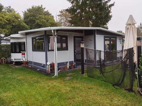 Hobby Landhaus mit festem Vorzelt