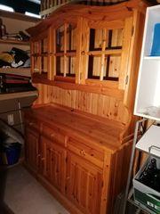 Verschenke alten Küchenschrank