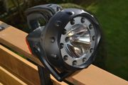 Verkaufe Akku-Handscheinwerfer mit mehreren Leuchtmöglichkeiten
