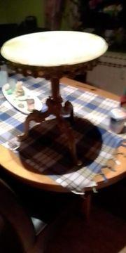 zu verkaufen einen Antiker Tisch
