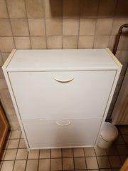Wohnungsauflösung Besichtigung 17 04 Müllschrank