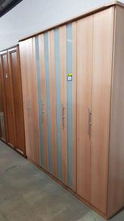 Kleiderschrank mit Schiebetüren 200x223x58 gepflegt -