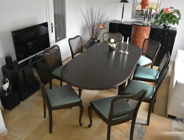 Chippendale Essgruppe mit 8 Stühlen