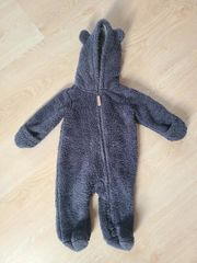 2 Kuschelige Jumpsuits für Babys