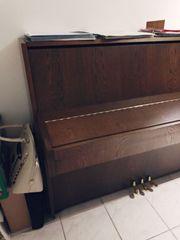 Kawai Konzert-Klavier CE-7 Nussbaumfarbend vor