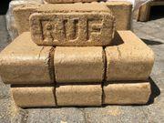 Superpreis Brennholz - Briketts die Tonnen
