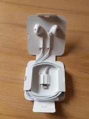 Original Apple EarPods mit 3