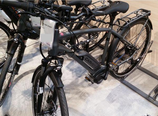 Touren Herren E-Bike neuwertig