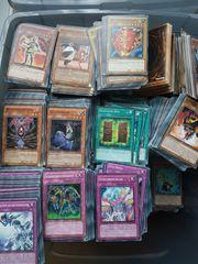 ca 1 300 YU-GI-OH Karten
