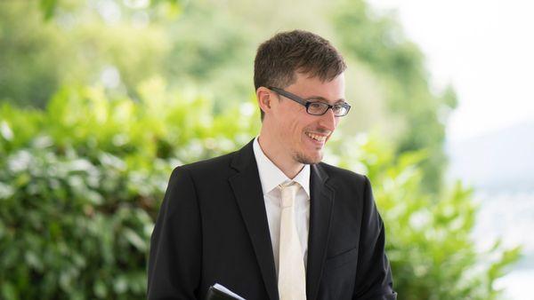 Trauredner Freier Redner Hochzeitsredner Freier Theologe
