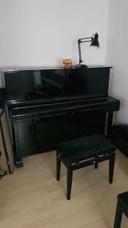 Klavier Ritter schwarz hochglänzend gestimmt
