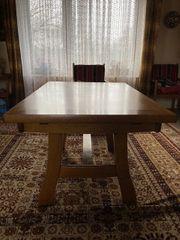 Esszimmer-Tisch Eiche rustikal massiv abzugeben