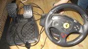 PC und Playstaition lenkrad mit