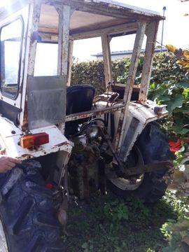 Verkaufe Traktor: Kleinanzeigen aus Dornbirn - Rubrik Traktoren, Landwirtschaftliche Fahrzeuge
