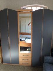 Zu verschenken Schlafzimmer Kleiderschrank