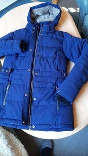 Neuwertige Mädchen Winterjacke blau Kapuze