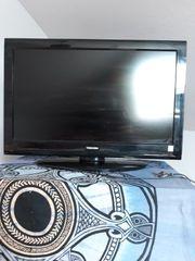 Toshiba LCD Color TV 32AV