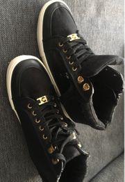 Michael Kors High Top Sneaker