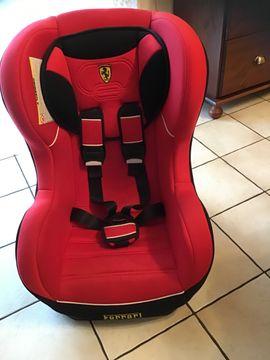 Autositze - Kindersitz Ferrari 9-18 kg
