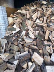 Brennholz Kaminholz Scheitholz