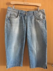 Jeans-Bermuda Größe 42