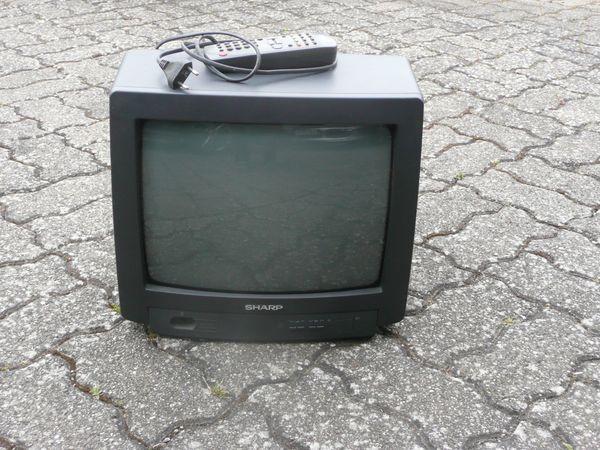 Älterer Sharp Fernseher gebraucht