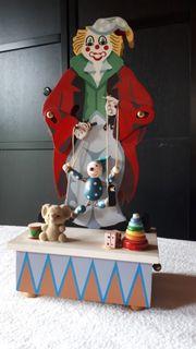 Spieluhr mit Musik Clown bewegt