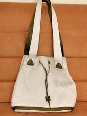 Handtasche - Ledertasche - beige-grün von Fancy -