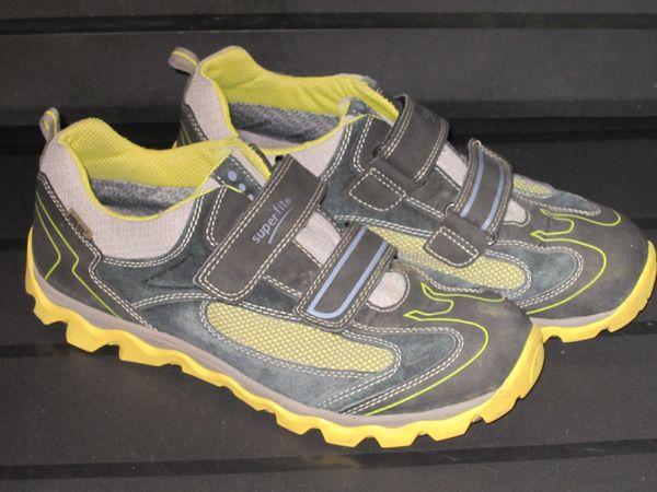 superfit goretex Halbschuhe Sneaker Gr. 40 schwarz gelb in