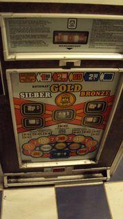 Alten-Spielautomat DM Zeiten