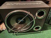 Verstärker und Subwoofer von Phonocar