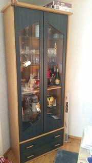Glasvitrine Wohnwand mit Sidebord