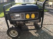 Stromerzeuger mit Benzin
