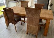 Esstisch mit 6 passenden Rattan-Stühlen