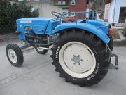 Warchalowski Traktor WT30 V-Motor