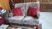 Couchgarnitur mit Echtholzgestell