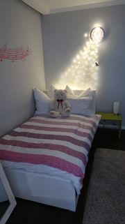 Jugend-Bett Hochglanz weiß mit Bücherregal