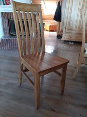 6 Holzstühle zu verkaufen