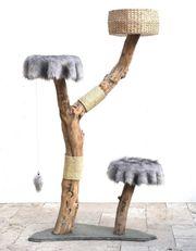 Natur Kratzbaum aus Echtholz mit