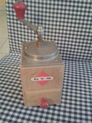 Antike Schnappverschluss Kaffeemühle KYM Mokka -