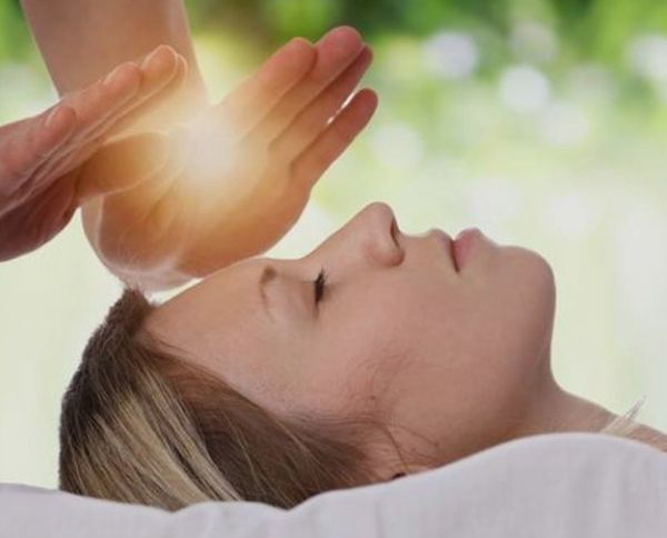 Energetische Massage Schmertzlinderung