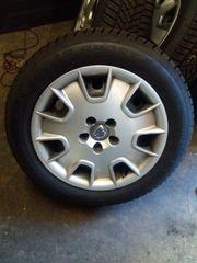 Neuwertige Winterräder 215-55R 16 Dunlop